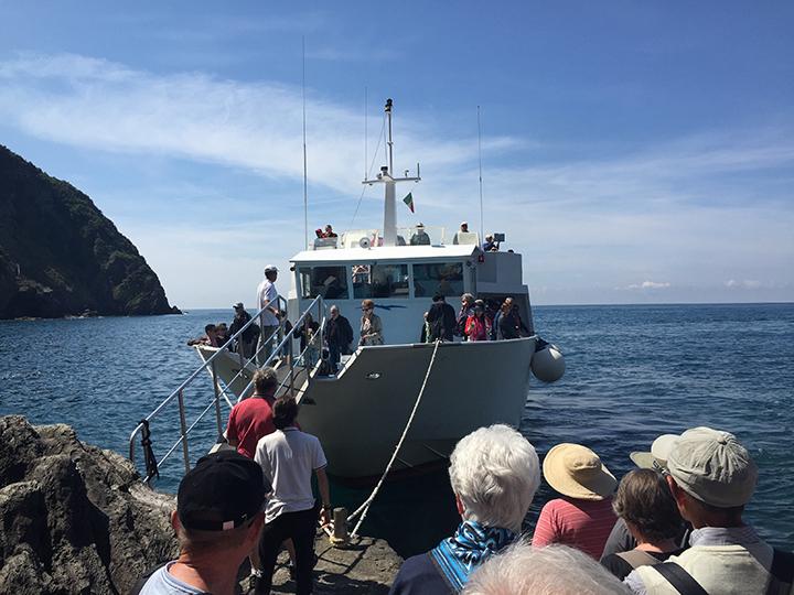 boarding-boat