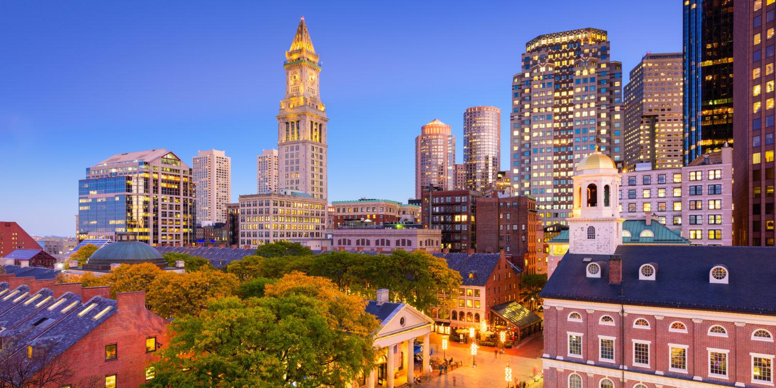 A Historic Resort Marriott Vacation Club Pulse At Custom House Boston