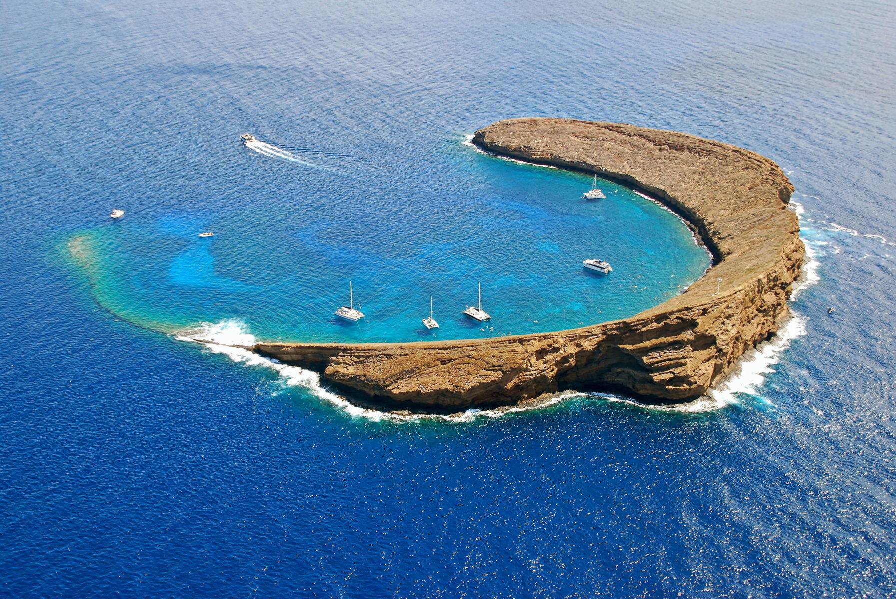 Maui snorkeling spots - Molokini Island Hawaii