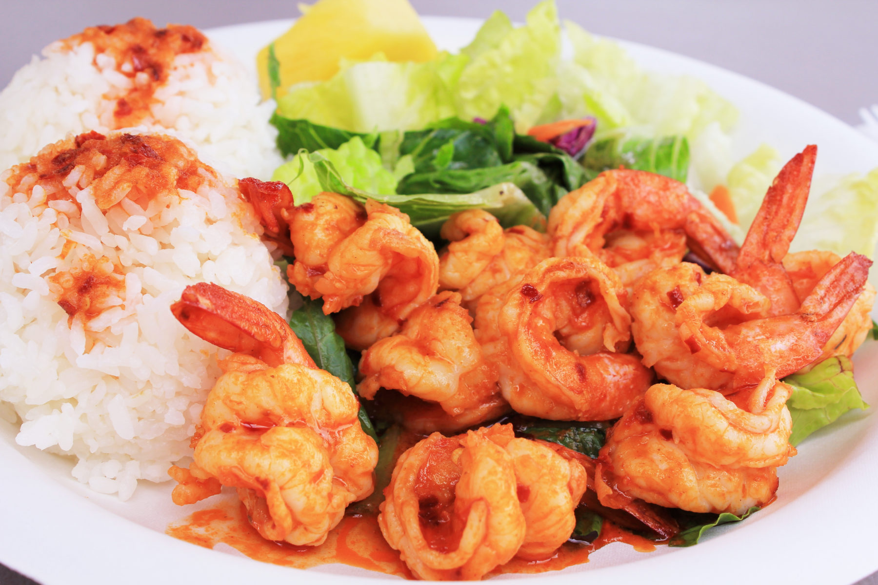 Hawaiian garlicky shrimp and rice