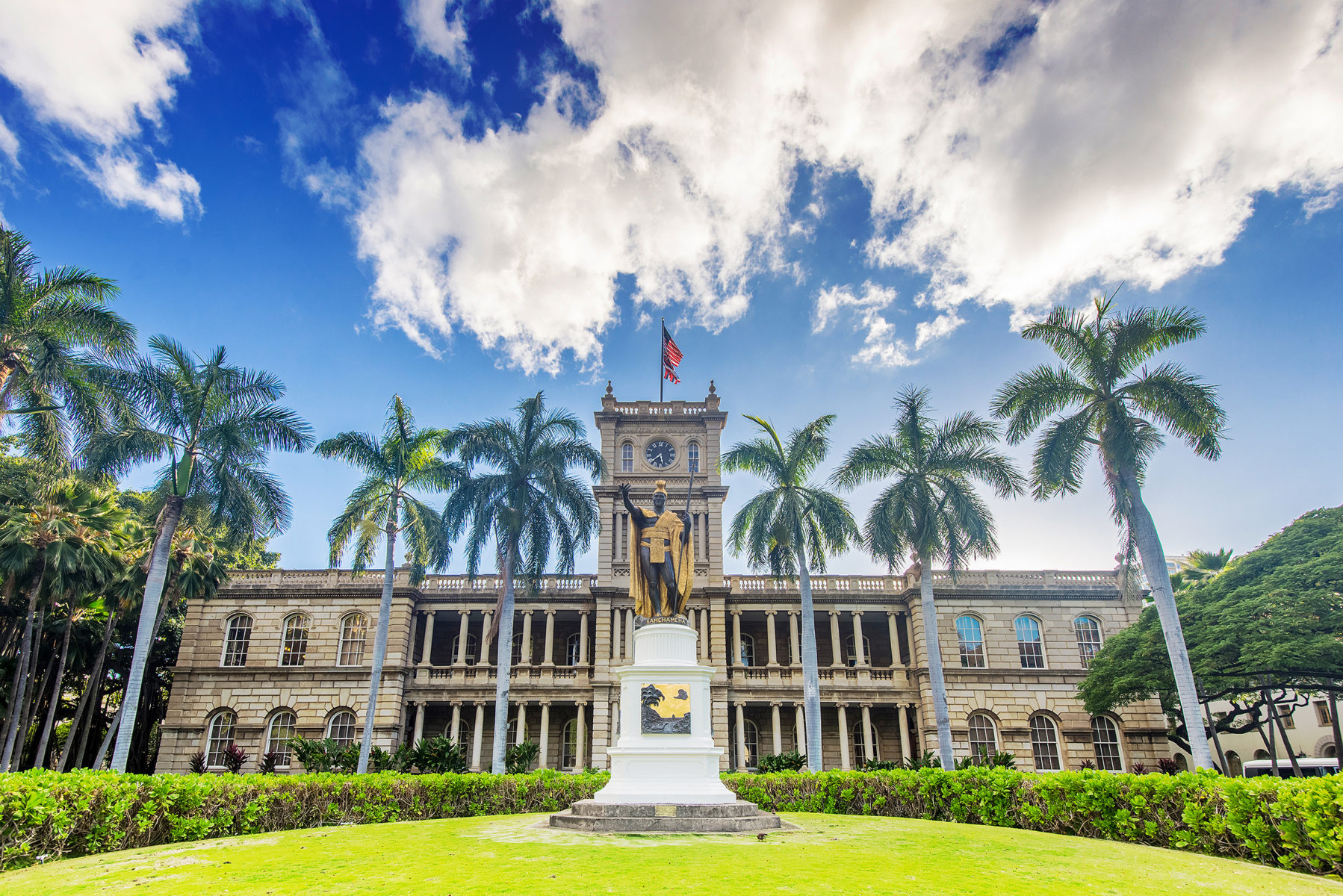 Iolani Palace on O'ahu